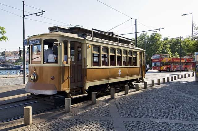 Porto em 3 dias - Oporto en 3 días - Tranvia